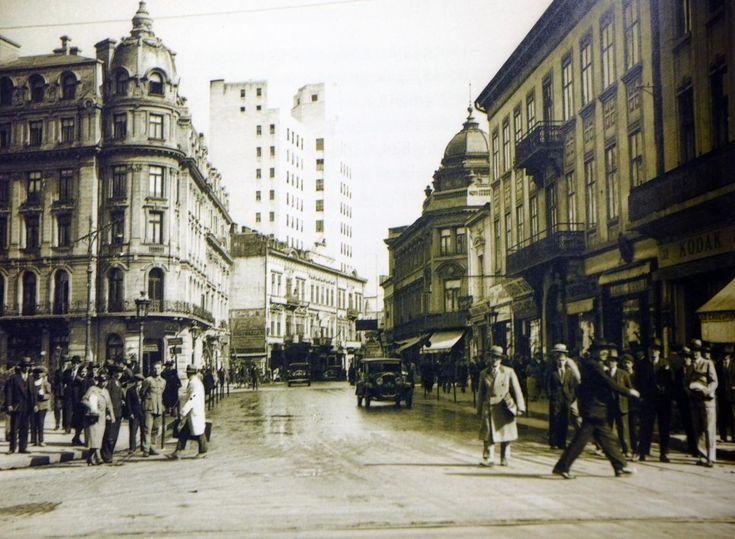 old-bucharest-romania-bucurestiu-interbelic-poze-romanians-street-people.jpg (1400×1026)