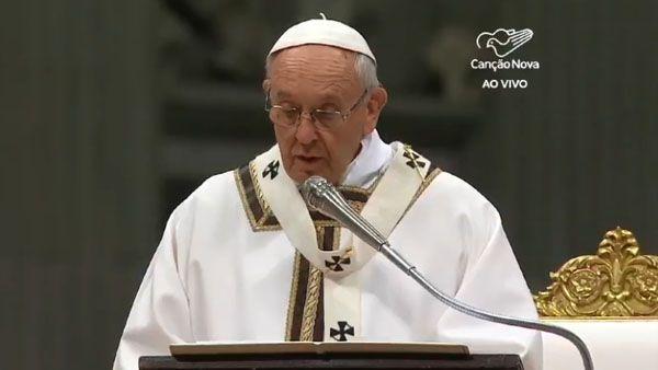 Papa no dia da vida consagrada: reavivar o encontro com Jesus