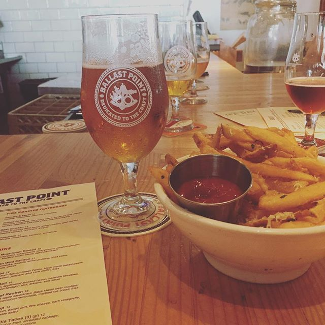Grapefruit Sculpin and truffle fries are the perfect hot weather combo, and taste even better with friends. #foodie #sandiego #sandiegobeer #ballastpoint #grapefruit #lategram #beer #sculpin #trufflefries #beerflights #beerflight #inspiration #bigideas #sandiego #sandiegoconnection #sdlocals #sandiegolocals - posted by Marisa Calderon https://www.instagram.com/marisalcalderon. See more San Diego Beer at http://sdconnection.com