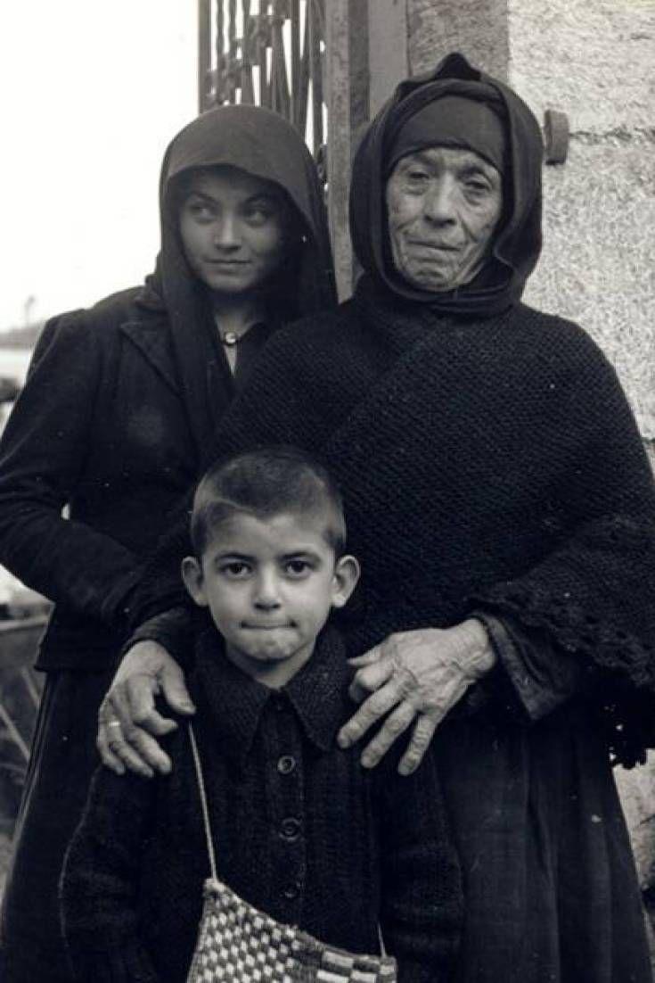 Αργύρης Σφουντούρης. Ο 75 χρονος επιζών του Διστόμου που κατέπληξε τους Γερμανούς μιλά στη HuffPost και τους ζητά να πληρώσουν τα χρέη τους