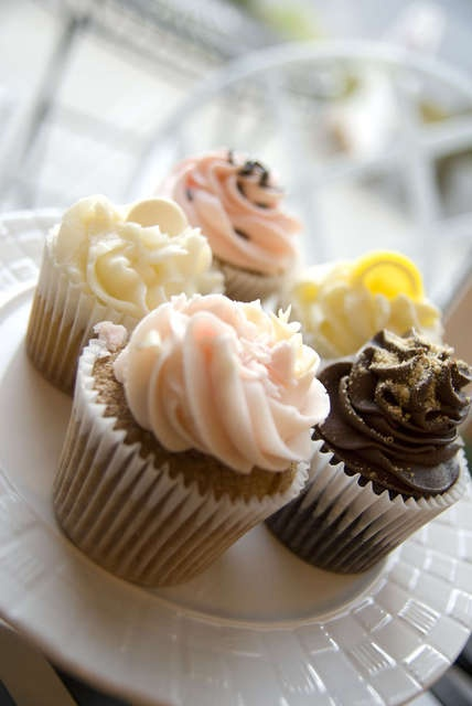 Photos: Tracycakes Bakery Cafe, Abbotsford BC. Go and get one!