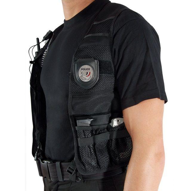 Hidden Vest van GK Professional. Het Hidden Vest zijn ontworpen voor undercover inzetten. Ze zijn handig om uitrusting verborgen te dragen. https://www.urbansurvival.nl/product/hidden-vest/