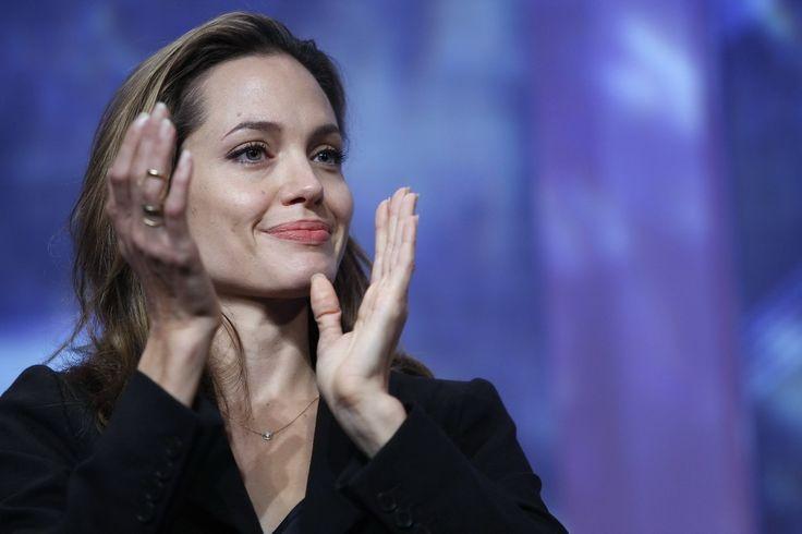 Angelina Jolie - Clinton Global Initiative Event - Photo 14