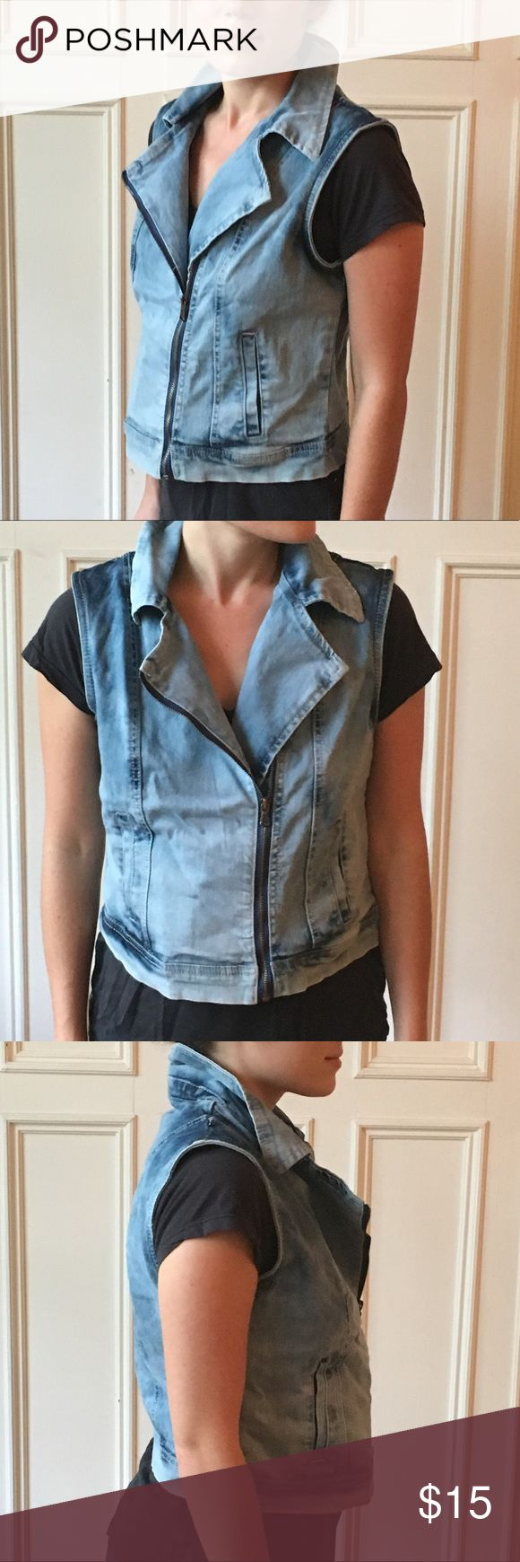 Delia's Sleeveless Denim Jacket Tags still on! Never worn. Great for layering for fall. Light wash sleeveless denim jacket Jackets & Coats Vests