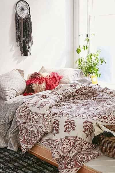 plum bow kerala medallion comforter snooze set urban. Black Bedroom Furniture Sets. Home Design Ideas