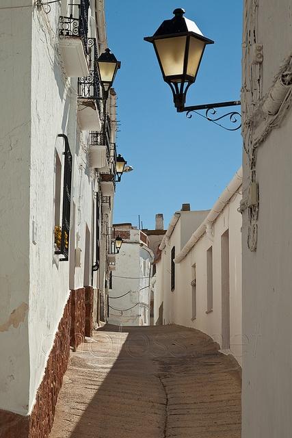 Narrow street in the mountain village of Ohanes, Sierra Nevada, Almería, Andalucía, Spain. Vive Alpujarra