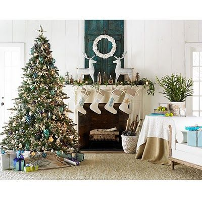 I want these stockings and tree skirt!