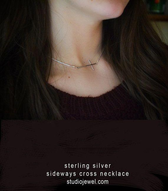 Kreuz Halskette. Seitwärts Kreuz Halskette. von thebeadgirl auf Etsy