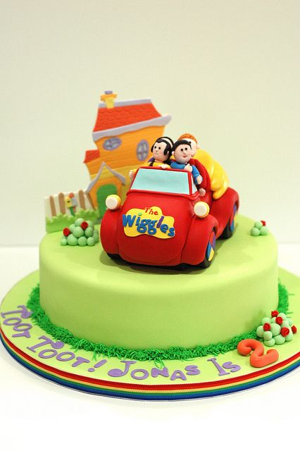 Wiggles to the Big Red Car! by Pastrychik, via Flickr