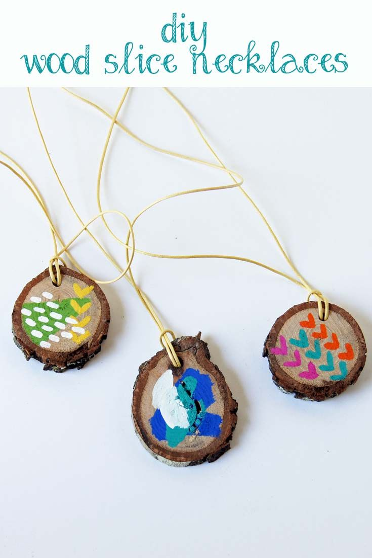 DIY Wood Slice Necklace: Make your own necklace with a wood slice, paint, and cotton canvas cord. Want all the supplies in one box? Click the picture to visit Paste Supply Company.