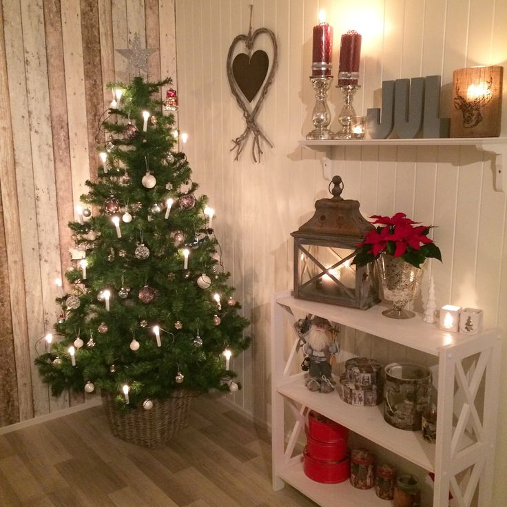 Christmas decoration in our living room <3
