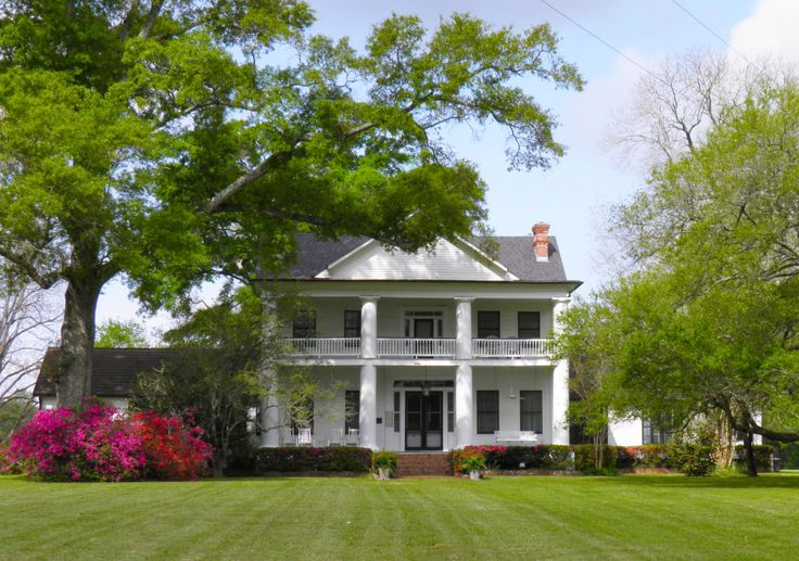 Historic Linwood Plantation Is Located Less Than An Hour From Baton Rouge In The Beautiful Countryside Of East Feliciana Parish This Extraordinary Property