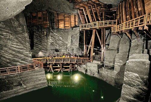 Wieliczka Salt Mine / Poland