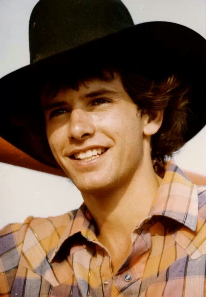 kellie-and-lane-frost