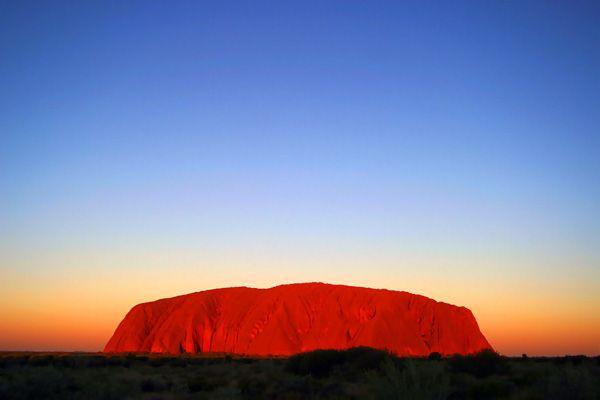 Uluru... Northern Territory http://images.smh.com.au/2009/01/08/342592/Uluru-600x400.jpg