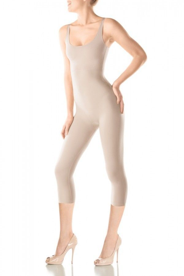 fc6bcd9a8ae16 NEW SPANX SARA BLAKELY HIDE   SLEEK 108 SLIMMING FULL BODYSUIT Beige Medium