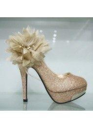 Waterdichte veren, bloemen, zwarte hoge hakken kleding schoenen grote gouden…