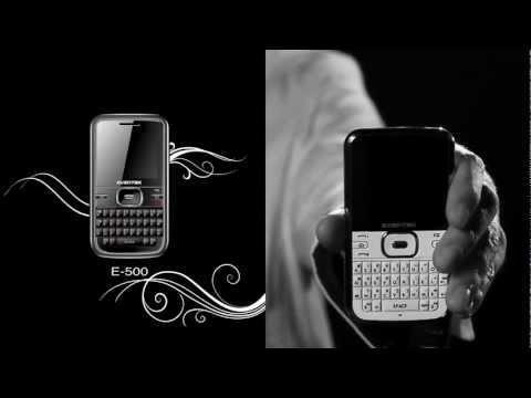 Pour mettre en avant la qualité de ses produits, Evertek joue sur la beauté de nos Tunisiens et sur le noir et blanc intense ! Un jeu de séduction, du chat et de la souris pour sublimer les mobiles X25 & E500 !