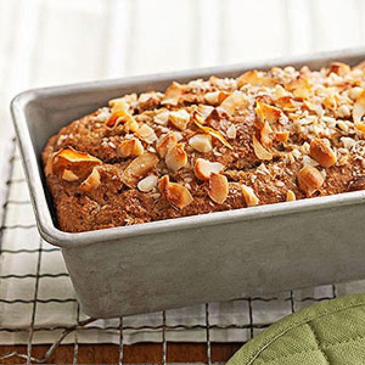 Banana bread is a classic comfort food that's perfect for a diabetic breakfast or healthy snack. We've added delicious twists to classic banana bread recipes, plus included other recipes for carb-smart breakfasts and snack options for diabetes – all under 250 calories.