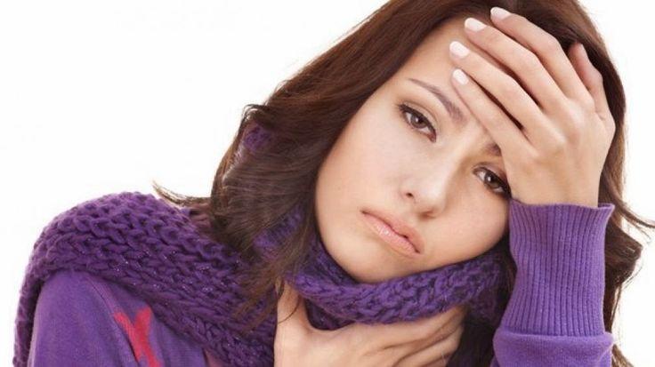 """AIRLIFE te informa. La acidez estomacal puede provocar tos crónica. El ácido del estómago puede regresar a la garganta. Esto se llama """"reflujo ácido"""". Puede provocar acidez estomacal o tos. El reflujo ácido es más común cuando uno está acostado. Para evitar esto disminuya su ingesta de alimentos que propicien el incremento de acido en el estomago."""