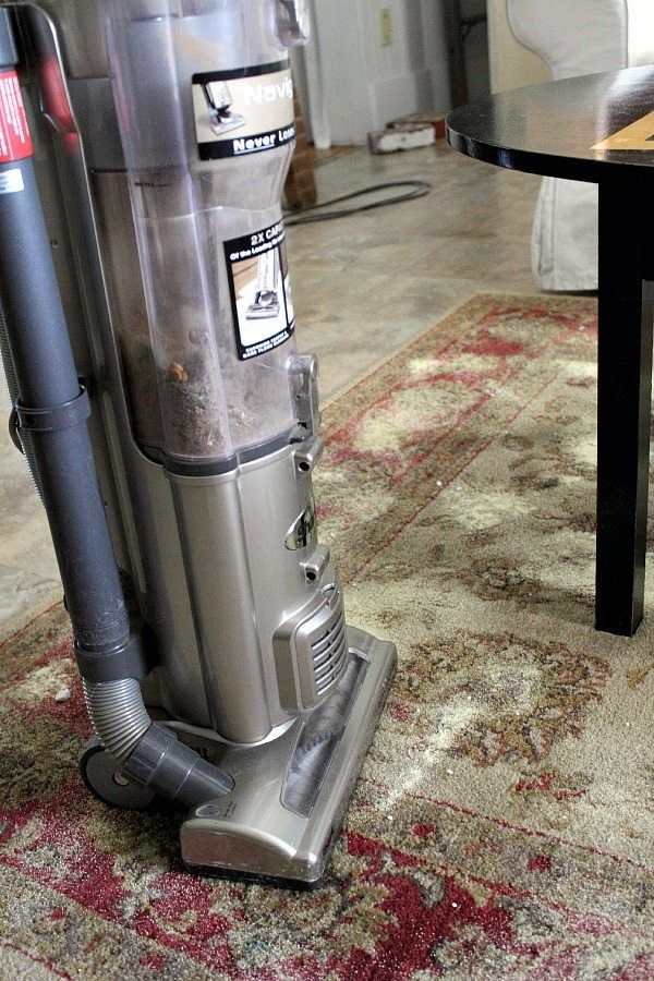 OK, this little carpet cleaning mix sounds absolutely crazy to me, but you know what? It actually does work! It's especially good if you have smelly pets hanging around (like I do) and if your carpet picks up that smell and then seems to hold on to it for all eternity (like mine does). So …