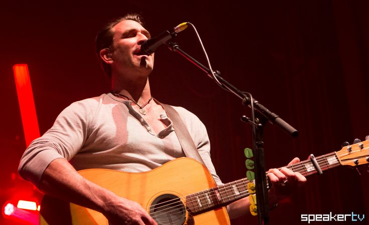 Pete Murray at Enmore Theatre, July 29 2017