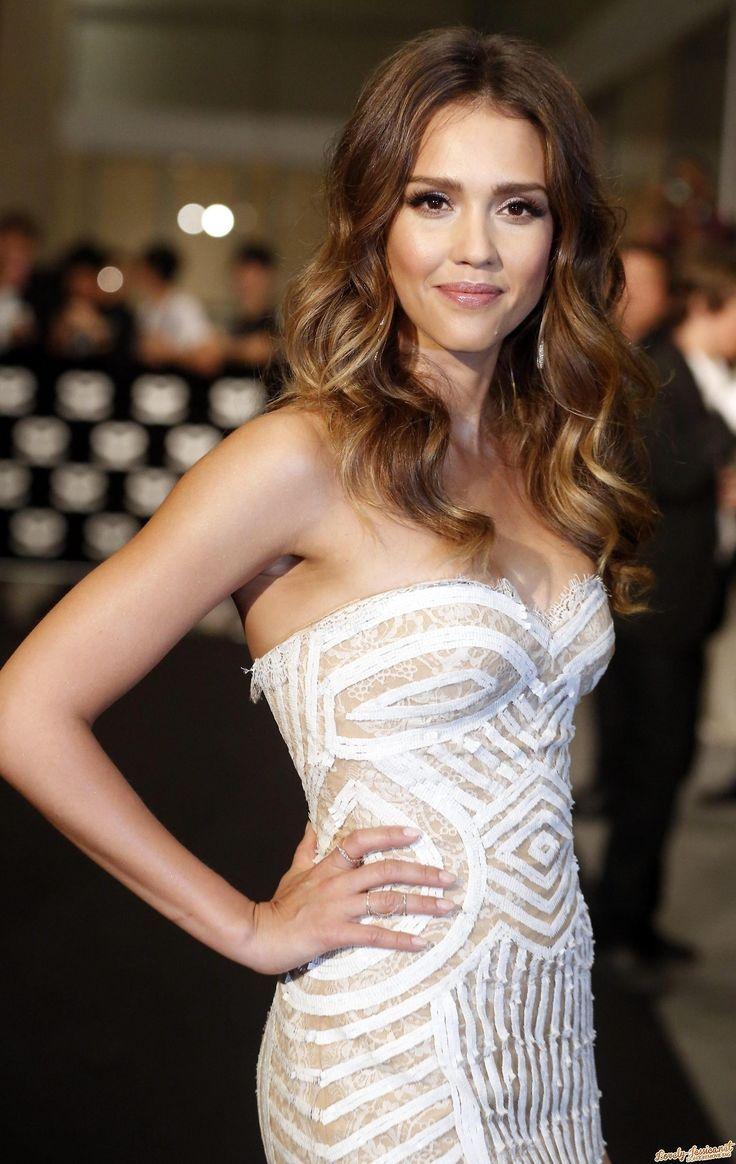 Jessica Alba - prettiest dress ever
