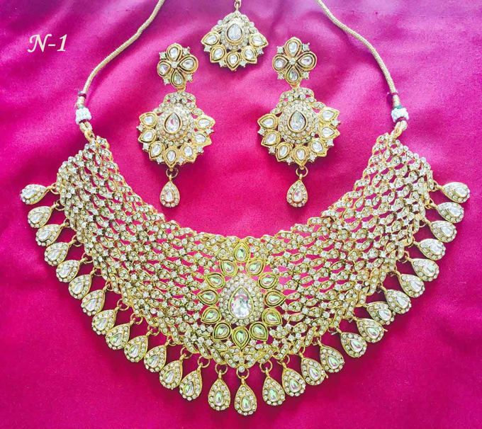 Amazing Gold Plated Stone Work Necklace Set1447