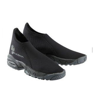 3.5mm nylon II neoprene. Glued and blind stitched seams for a superior water seal. Airprene side panels allow for water to drain while providing protection and warmth. Redesigned to provide a better fitting, warmer dive boot. Rear panel runs all the way to the toe for increased durability....