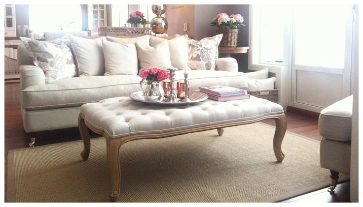 Inspiration - sofa & ottoman color sand - TM Design