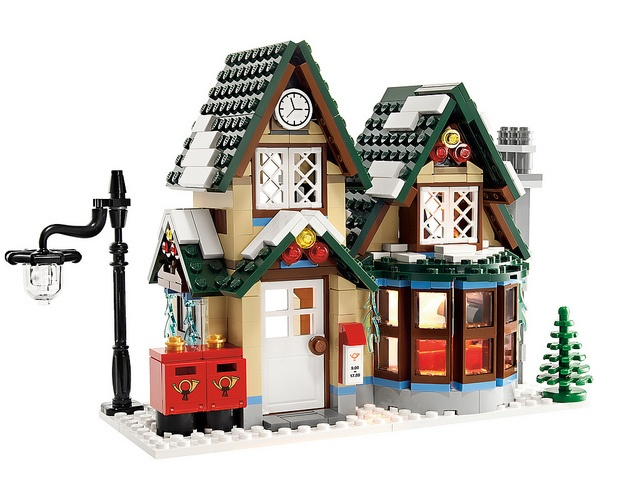 lego winter village post office. WANT