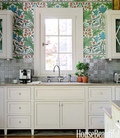 Look! Lush William Morris Wallpaper in the Kitchen Kitchen Inspiration