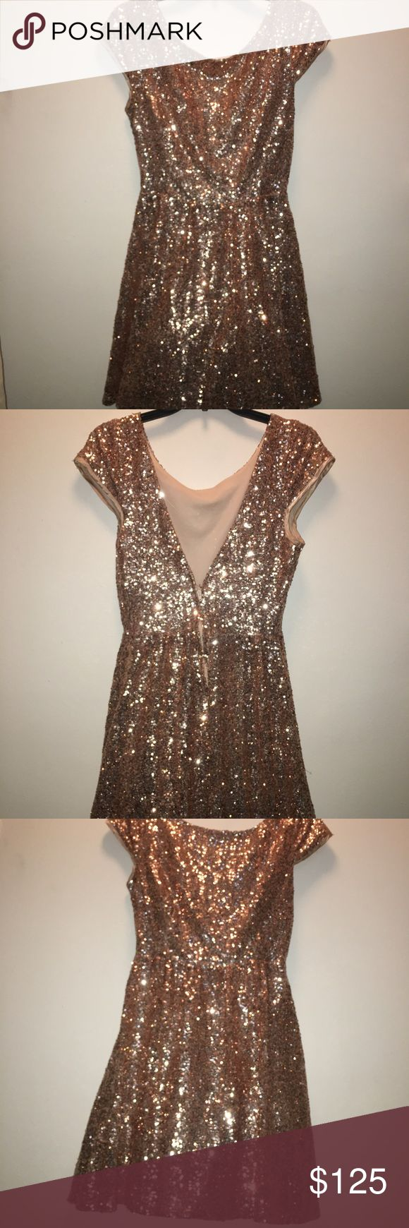 WINDSOR SEQUIN HOLIDAY DRESS! 13/14 Beautiful Windsor holiday dress worn once perfect Condition, low back, don't miss this beauty! It won't last! Hook back zip closure! Imported fabric from New Mexico! Windsor Dresses Prom
