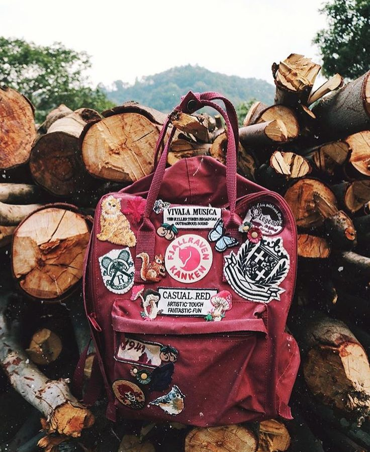 How cute are these patches on the Kanken! #fjallraven #alwaysexplore #patches…