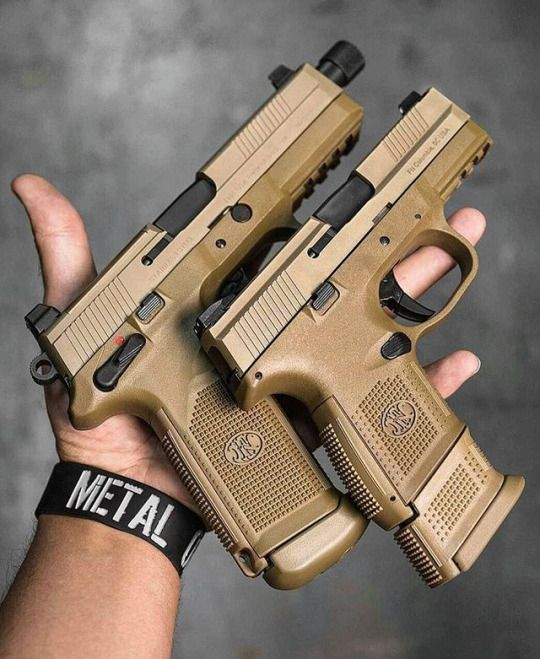 FN Herstal  FNX-45 Tactical Cal. 45 ACP  FNS-9 Compact Cal. 9mm