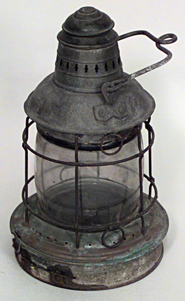 Style/Idea: American Country lighting Lantern iron. (Paint white.)