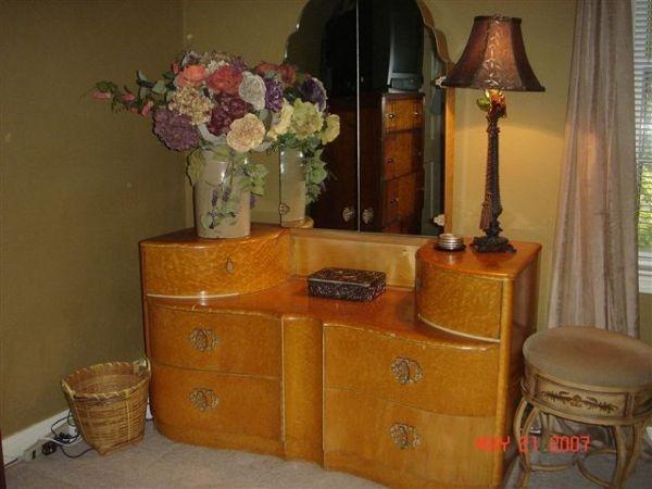 Art Deco Birdu0027s Eye Maple Dresser/Oklahoma City /Craigslist