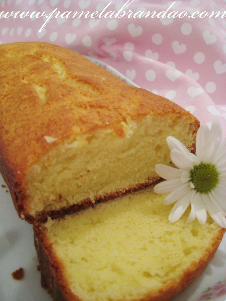 Depois do primeiro teste de bolo com cream cheese, resolvi continuar experimentando as receitas, pois encontrei várias na internet. Essa receita encontrei aqui, e é de um famoso bolo inglês que se ...