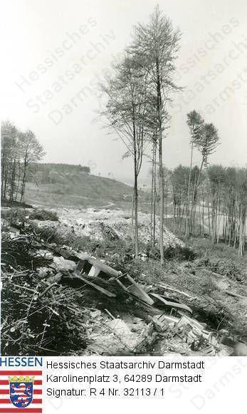 """Groß-Umstadt, Müllplatz der Stadt im Waldgebiet """"Raibacher Tal"""" / 3 Aufnahmen"""