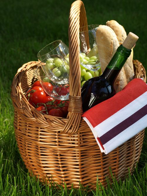 Creative Picnic Basket Ideas : Best images about picnics for weddings and bridal