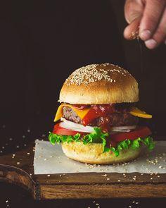 La hamburguesa perfecta: Receta del pan de hamburguesa, la hamburguesa y ketchup casero.      Kanela y Limón