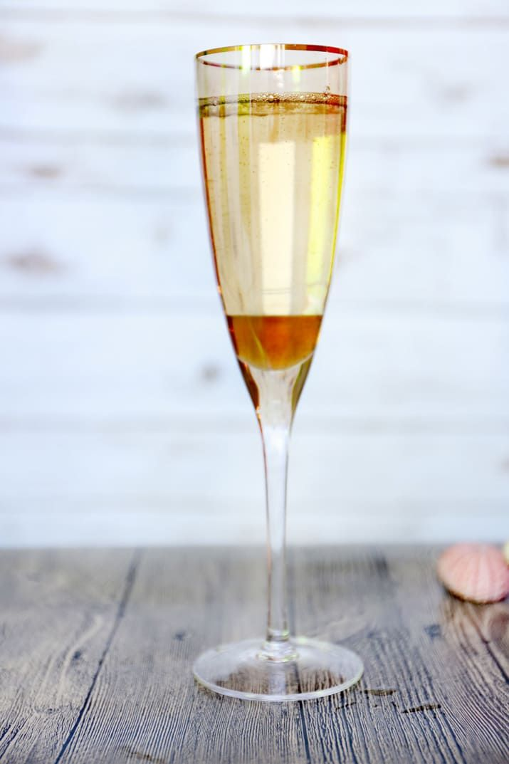 For long summer days. Ingredients: Mionetto Prosecco, chilled1 Tbsp. rose syrup Directions: Fill glass with Mionetto Prosecco and pour rose syrup down inside of glass so it slides to the bottom. Serve.
