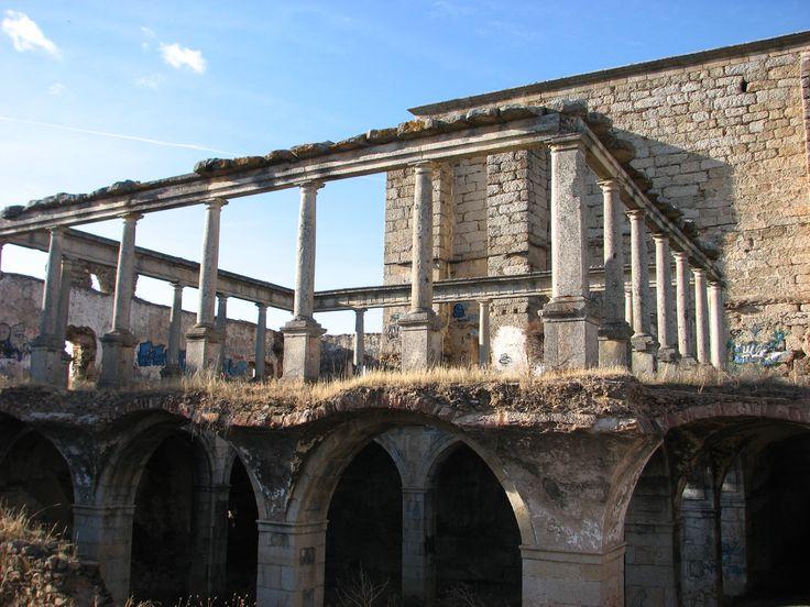 El lamentable estado en que se halla el convento de Santo Antonio de Padua, declarado BIC.
