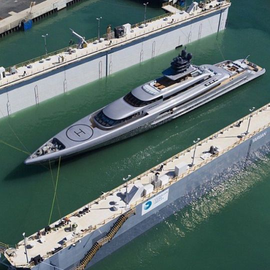 TheManliness  /  Beautiful yacht made by @silveryachts