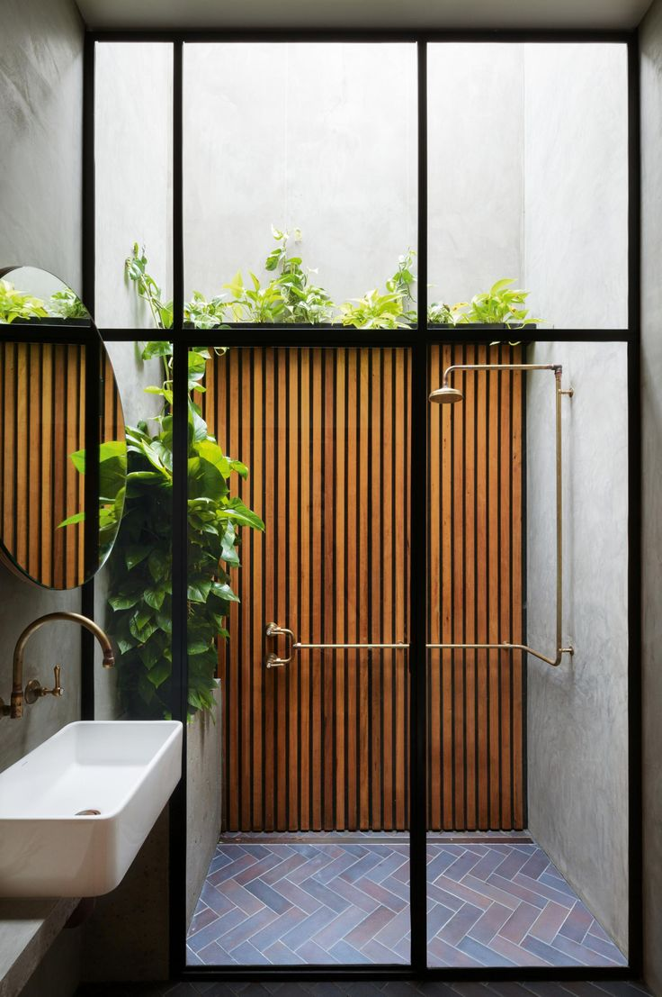 17 best bathroom ideas to take for your own.  Photography by Katherine Lu.
