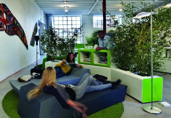 Relaxation in the workplace (it's not a contradiction in terms)