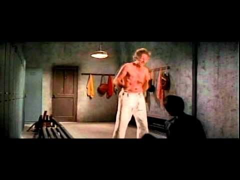 Bruce Lee: Game of Death - Bruce Lee vs Carl Miller(beautifully choreographed)