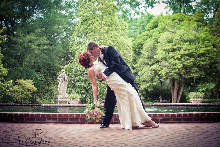 Wedding Photography Poses and Story Aiken, South Carolina Wedding Photographer. Daniela Brown Photography