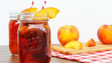 Hoje é Dia do Chá Gelado e, por isso, nada melhor que preparar o seu caseiro. #Chá_Gelado_de_Pêssego #receitas #bebidas #fruta #chá