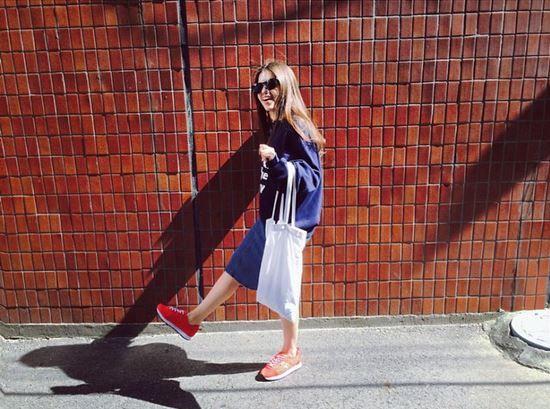 Sunny Autumn weather :) #sneakers #dailylook #streetfashion #akiiiclassic